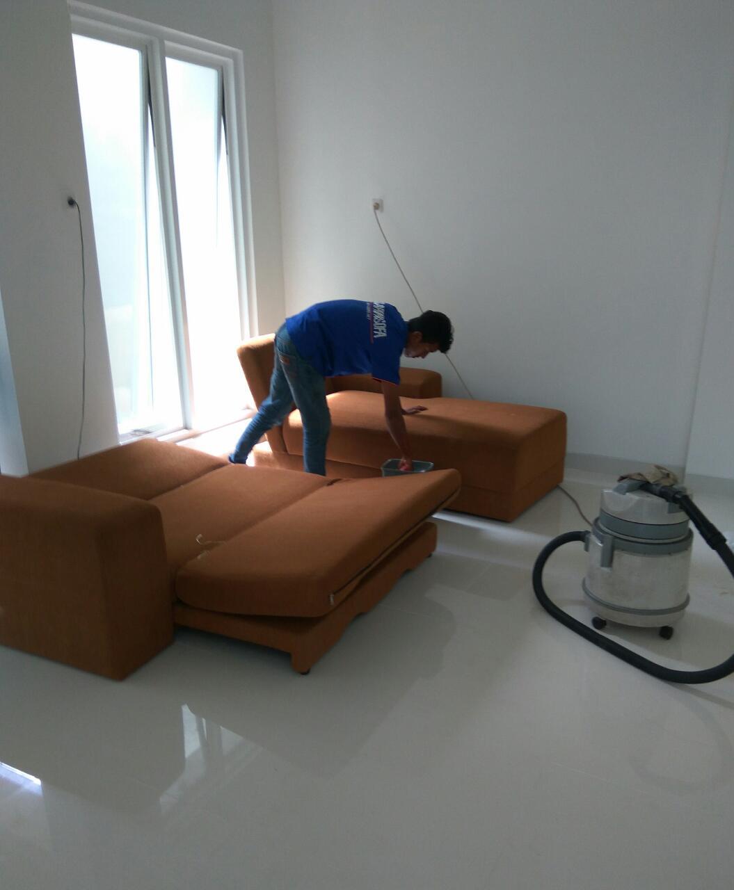 Jasa Cuci Sofa Bekasi Timur Paling Murah dan Bergaransi 085103457745: Layanan cuci sofa bekasi selatan tersedia pada wilayah: Cuci Sofa Aren Jaya, Bekasi Jaya, Duren Jaya, dan Cuci Sofa Margahayu.